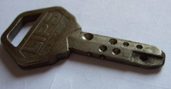 Special lips keso key with specially milled out flat part